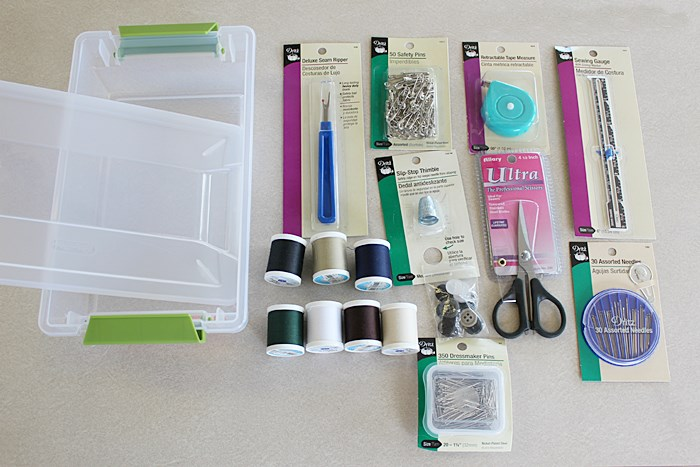 Make a Dorm Room Survival Sewing Kit | www.settingforfour.com