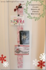 DIY Christmas Card Display From Recycle