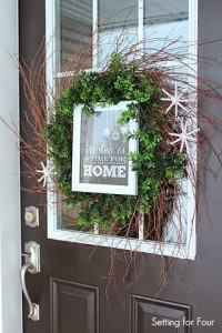 Framed Chalkboard Printable Wreath and entryway decor