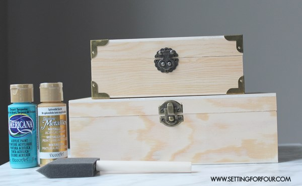Make this Easy DIY Lacquer Blue and Gold Painted Box Set