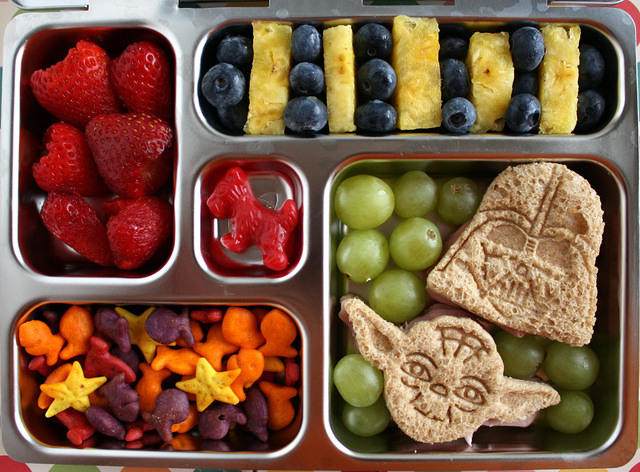 super cool back to school lunch and snack ideas setting. Black Bedroom Furniture Sets. Home Design Ideas