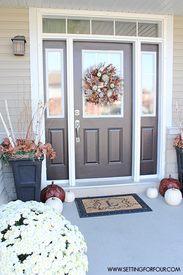 Fall home tour and see my front porch decor! Fall wreath, fall planter ideas, and more!