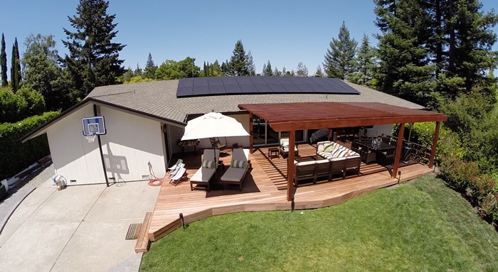 Save money on Your Electricity Bills with these stylish Solar Panels! #solar #sp