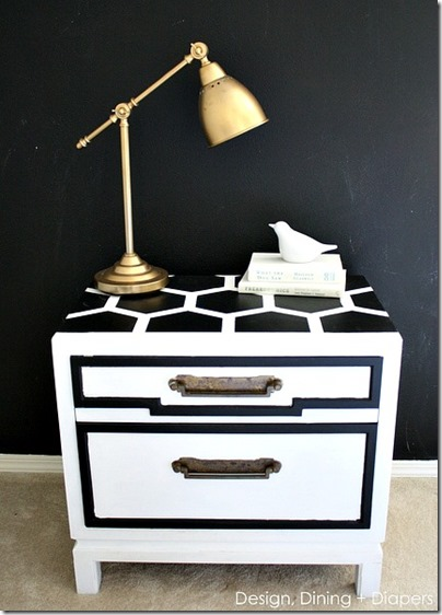 DIY-Honeycomb-Side-Table-Makeover-via-@tarynatddd