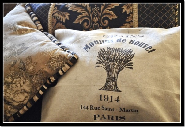 French Wheat Graphic Pillow - sewing project