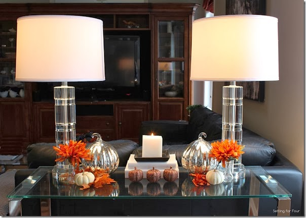 How to create a balanced Fall Vignette - decor tip!