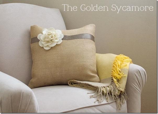 Felt Flower DIY Pillow