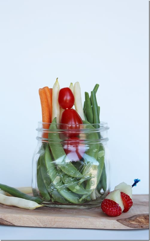 Healthy Vegetable and Fruit Garnish in a Mason Jar - yummy after school snack idea for kids! Helpful Back to School tip for Mom.