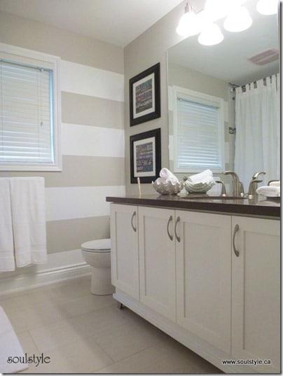 Stripes-on-wall-Main-bath