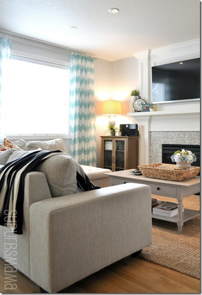 a family room 1