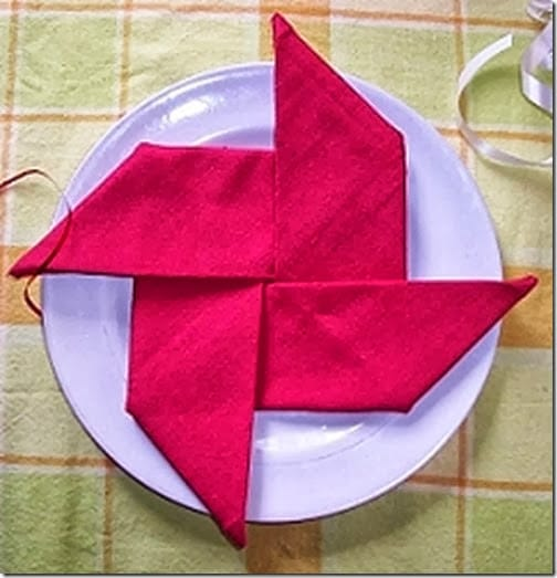 20 Plus Napkin Folding Styles Page 3 Of 5 Setting For Four