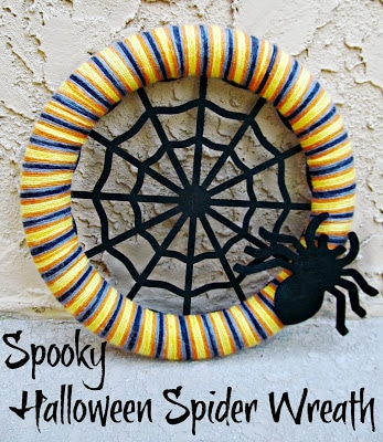 DIY Spiderweb Wreath