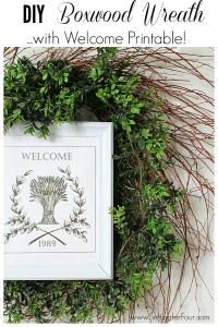 DIY Boxwood Wreath with Free Printable www.settingforfour.com