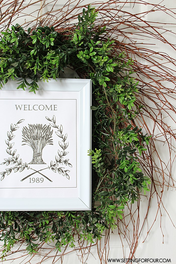 Easy to make and budget friendly! great tutorial to make a DIY Boxwood Wreath with Framed Printable