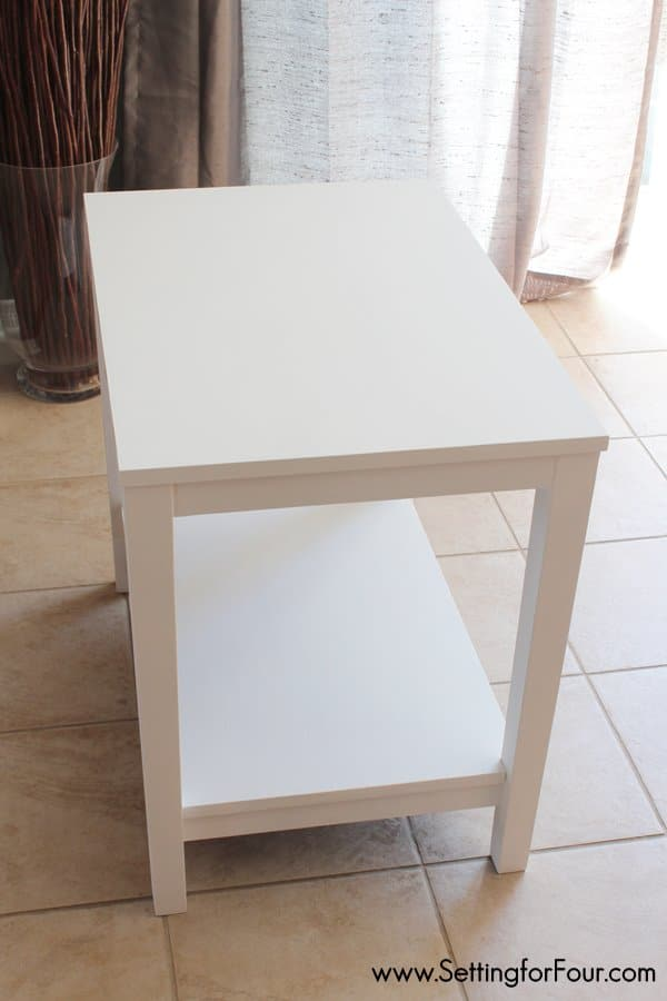 Refresh and paint a table with chalky paint. Update your decor quick and easy!