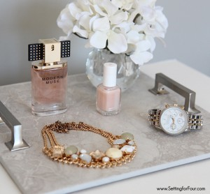 This is such a clever OUT OF THE BOX diy decor idea! See this easy DIY Tray tutorial to learn how to make a beautiful tray using gorgeous cabinet hardware and floor tile. Use for storage and display!
