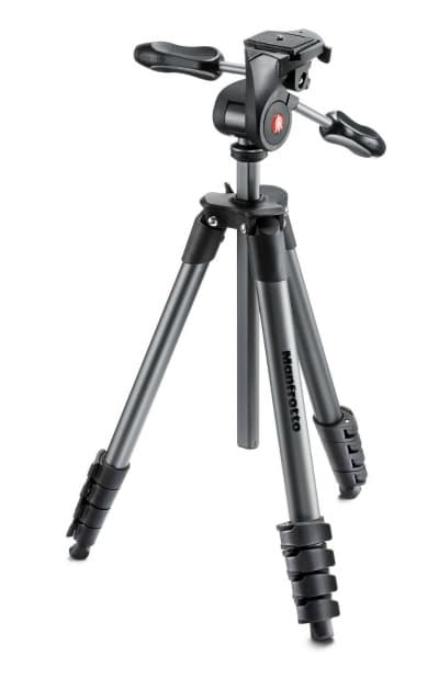 Blogging Photography tip: Use a camera tripod provides the clearest, sharpest pictures and reduces camera shake.