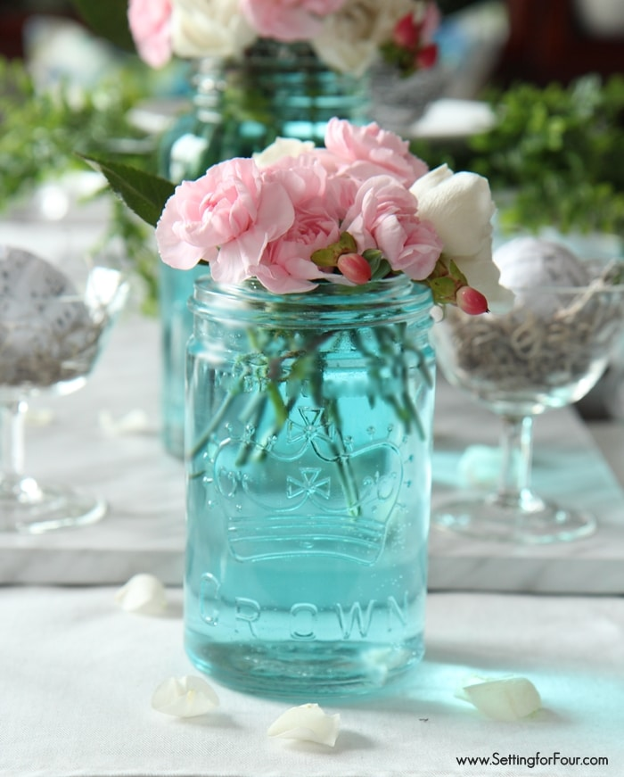 The easiest way to tint mason jars blue and Spring mason jar tablescape ideas.