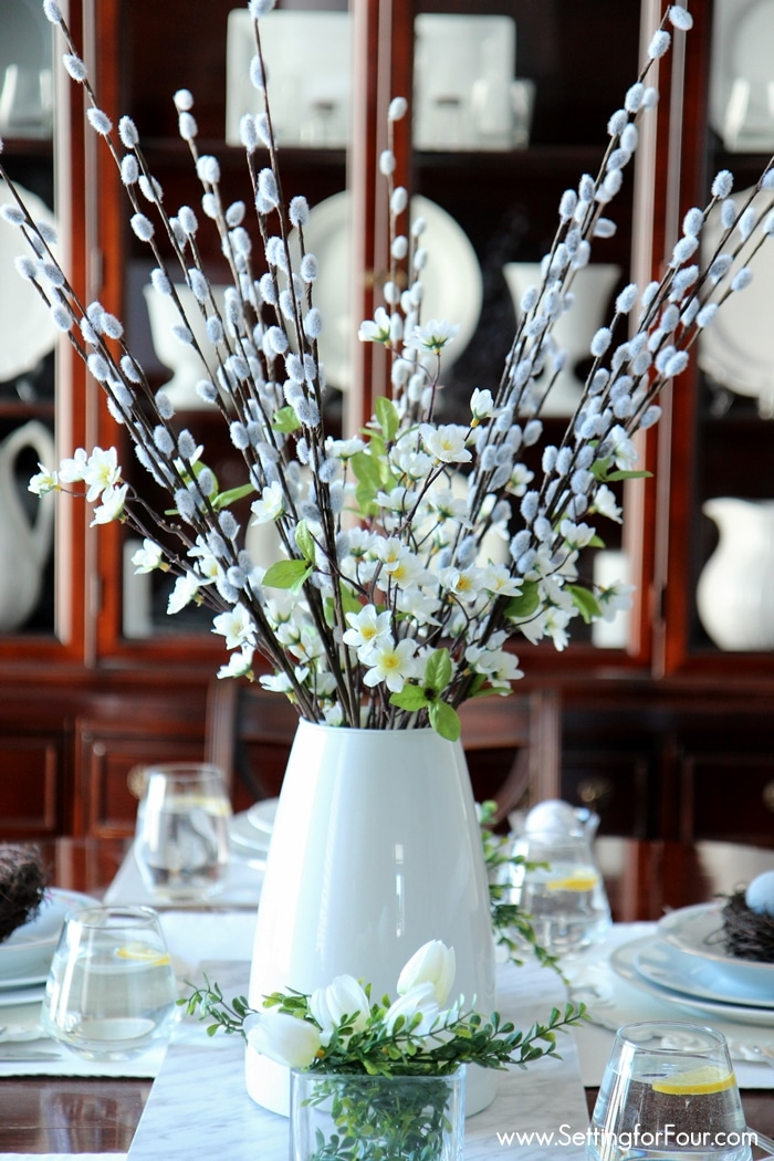 Spring centerpiece decor idea.