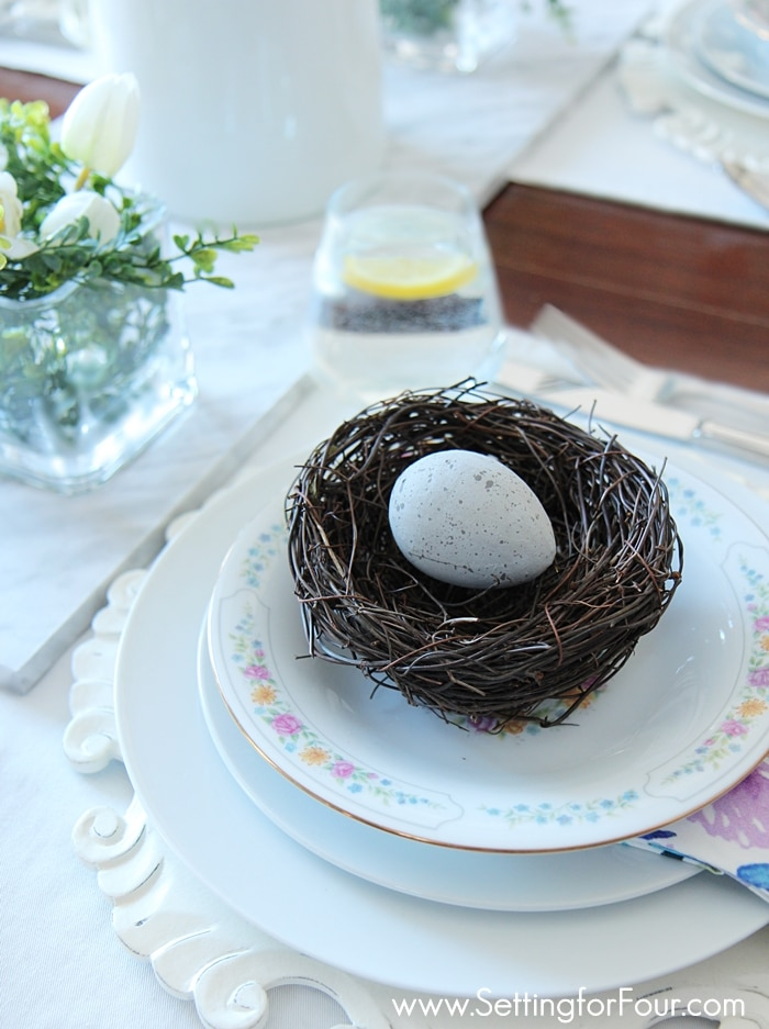 Spring tablesetting with egg decorations