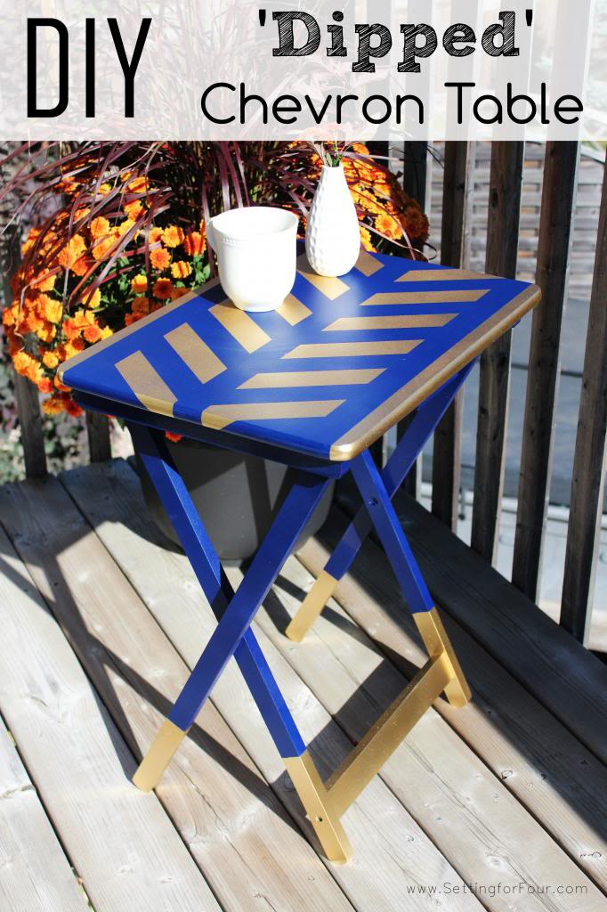DIY Dipped Chevron Table painted in navy and gold! GORGEOUS!