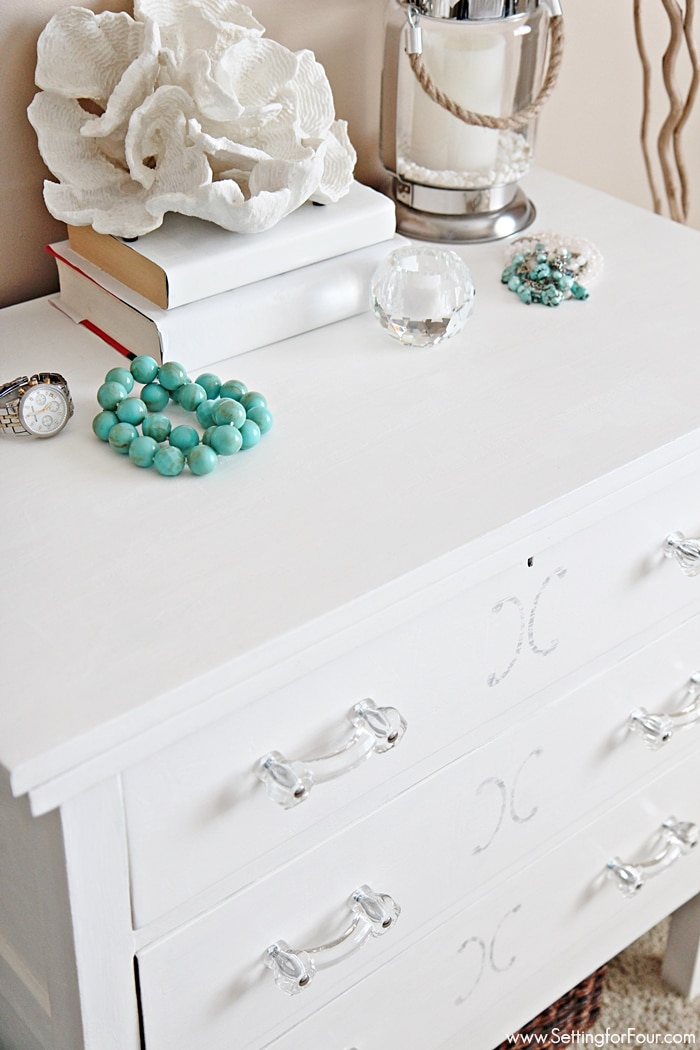 Dresser makeover with chalky finish paint - stunning! Full DIY instructions and supply list included so you can follow along!