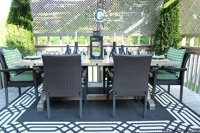 Summer Deck Decor - Setting for Four