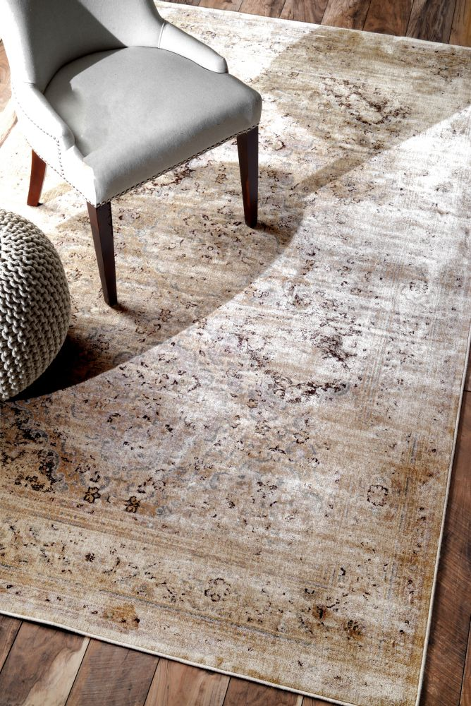 Design tip how to choose the perfect area rug setting for Vintage style area rugs