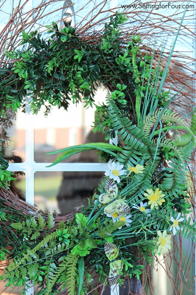 See 12 DIY Decor Projects That Will Make Your Home Look Amazing! Including make a DIY wreath!