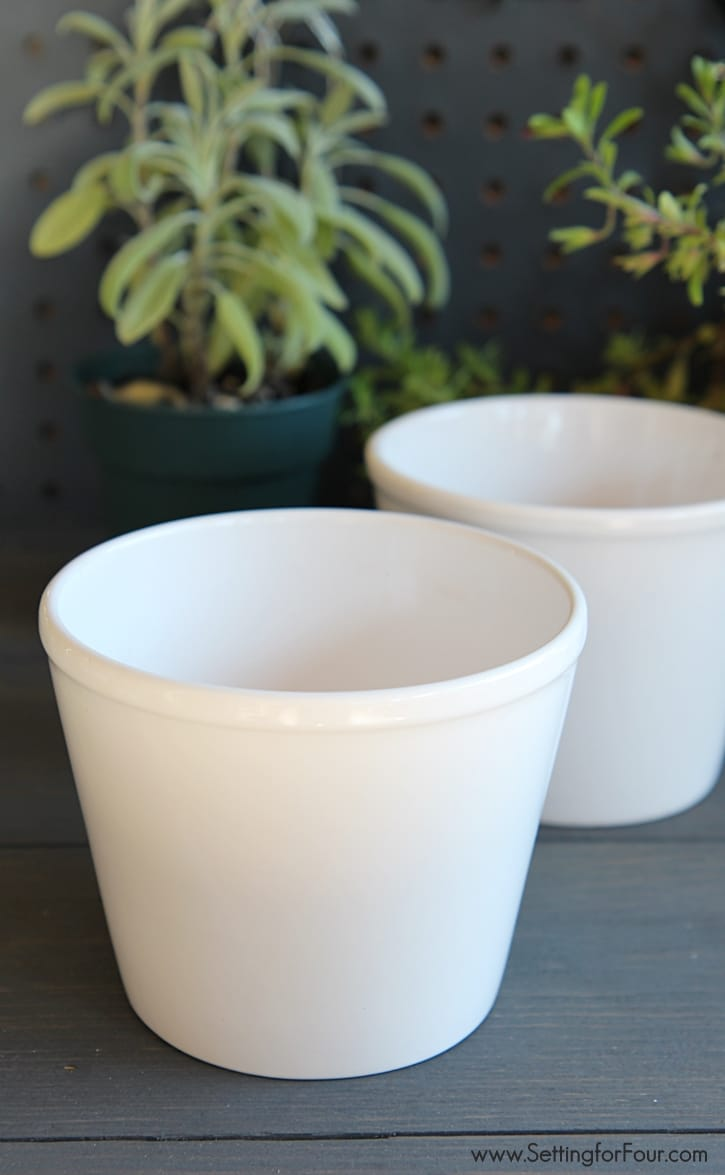 Easy DIY Herb Pots with Numbers - a quick and easy STYLISH decor accent and herb garden to make for your potting bench or kitchen windowsill! Makes a great DIY teacher gift and handmade holiday gift idea too! www.settingforfour.com
