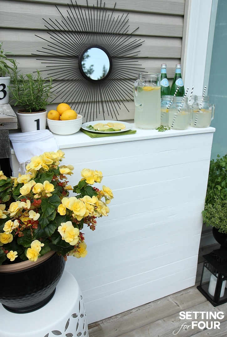 Make this awesome DIY Pallet Bar! www.settingforfour.com