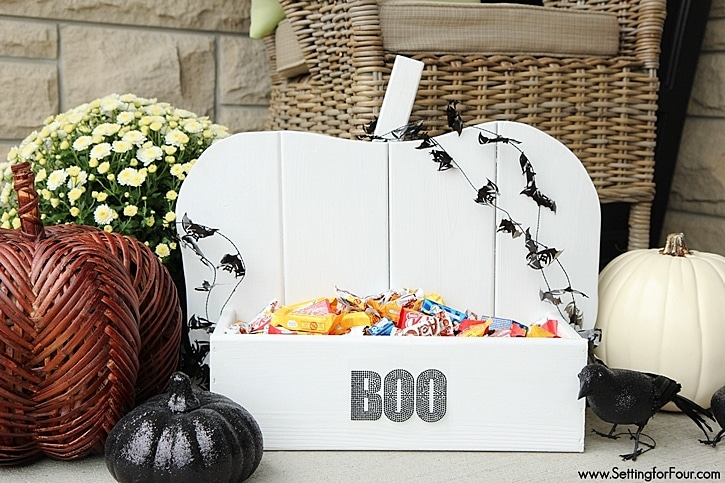 DIY Rustic Wood Pumpkin Tutorial: perfect project to make for Fall and Halloween! Decorate your porch, inside your home or for your next Halloween party! Use it to hold candy, plants, magazines and more. Your family will love it! www.settingforfour.com