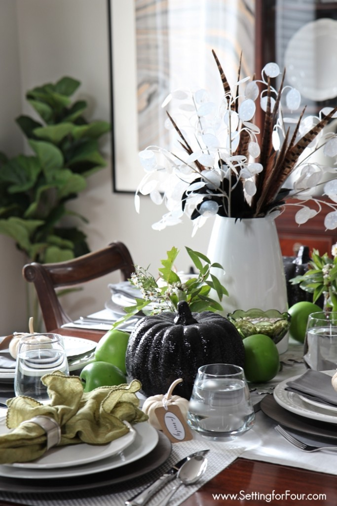 fall centerpieces for dining room table | Easy Fall Table Centerpiece - Setting for Four