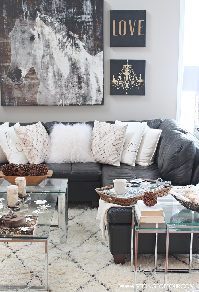 See my rustic luxe living room decor ideas!