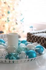 Christmas centerpiece DIY www.settingforfour.com