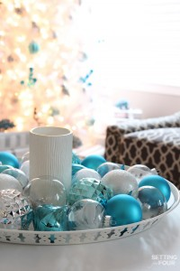 10 Minute Christmas Centerpiece Tray