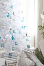 White Christmas Tree decor. www.settingforfour.com