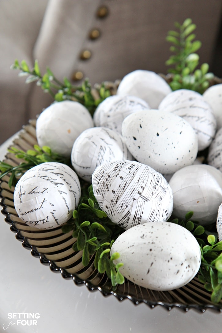 Easter decorating ideas with Easter Eggs - Setting for Four