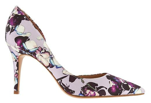 Floral pump shoe - perfect for spring and summer! Great wedding shoe!