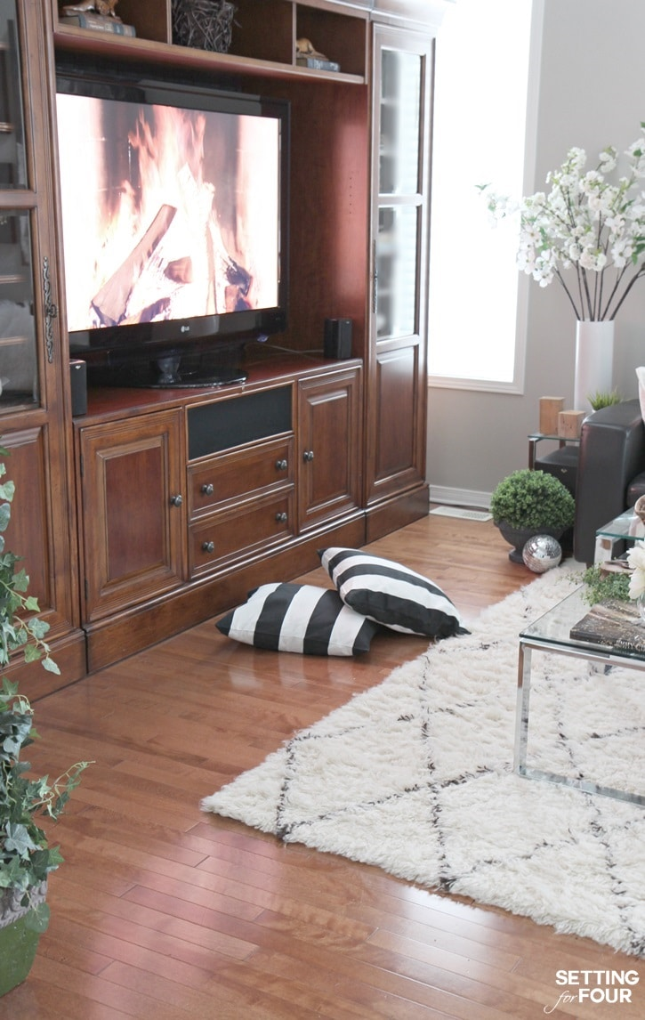 Family room decor tips to create a warm and cozy space!