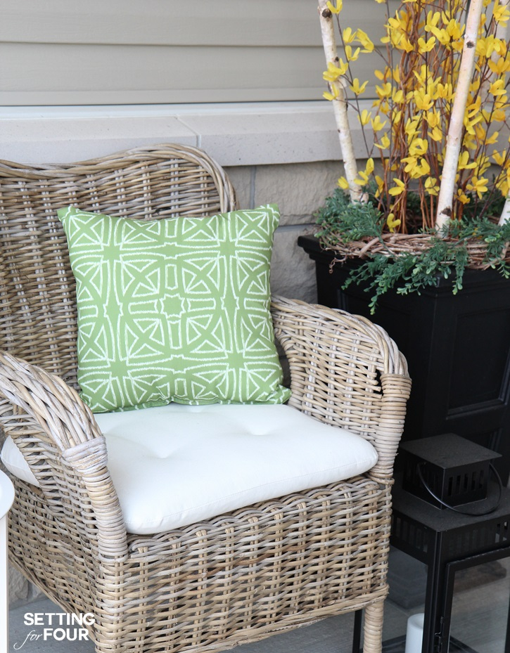 Learn How To Make Outdoor Waterproof Cushions In A Jiffy With This DIY Hack