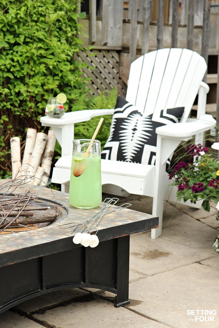Fire pit seating and outdoor decor ideas.