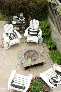 Simple Summer Fire Pit Seating Area