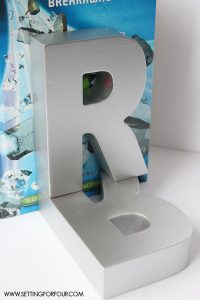Easy and Inexpensive! DIY $3.00 Monogram Bookends - the kids will love them!