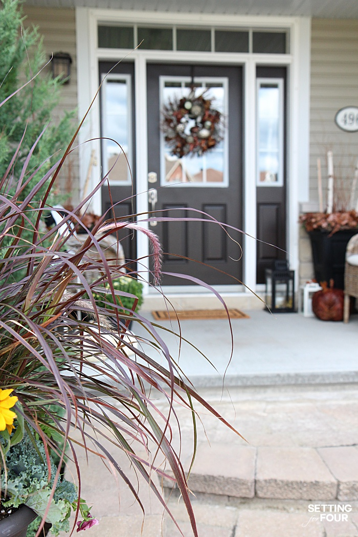Welcome to my Fall Home Tour Part 2 - my Fall Front Porch! See my front porch decor ideas for autumn.