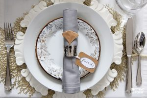 How to Set an Elegant Table For The Holidays – For Less!