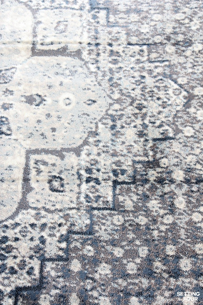 Area rug close up: Vintage Castle Medallion Area Rug