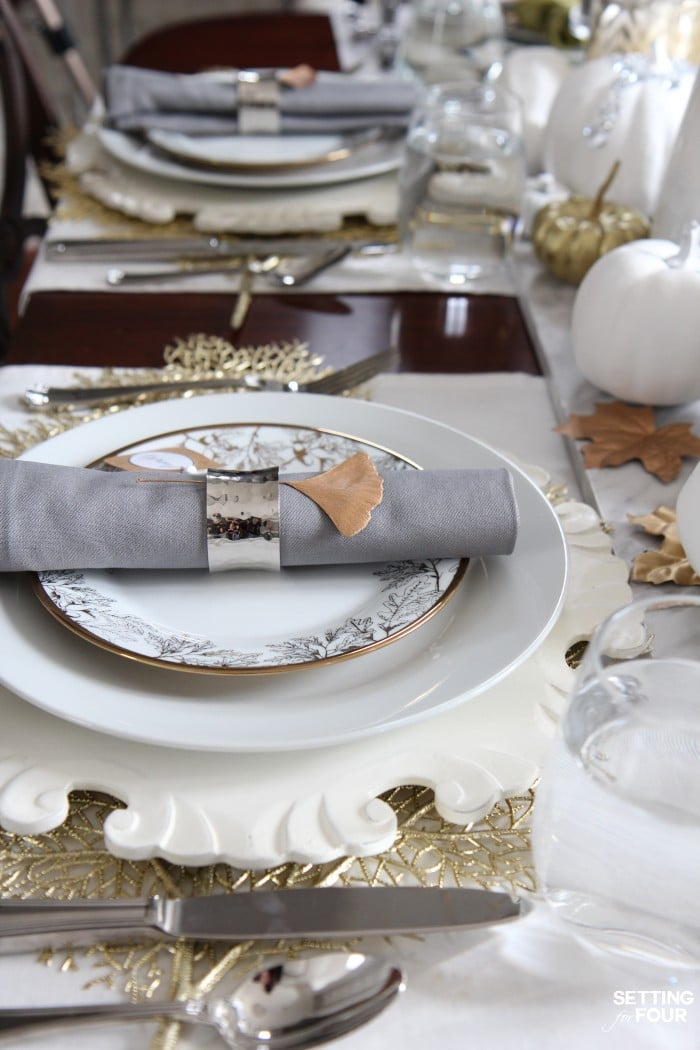 Thanksgiving table setting idea: napkins, napkin rings, placemats, flatware and dinnerware ideas! #diydecor #thanksgiving #tabledecor #elegant #entertaining