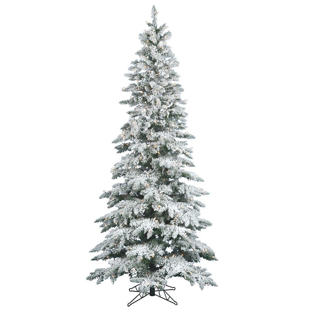 Christmas essential: the flocked Christmas tree! With it's fresh-from-the-forest pine tree style and decorated with a frosting of white snow - this tree is the perfect addition to any room in your holiday home!