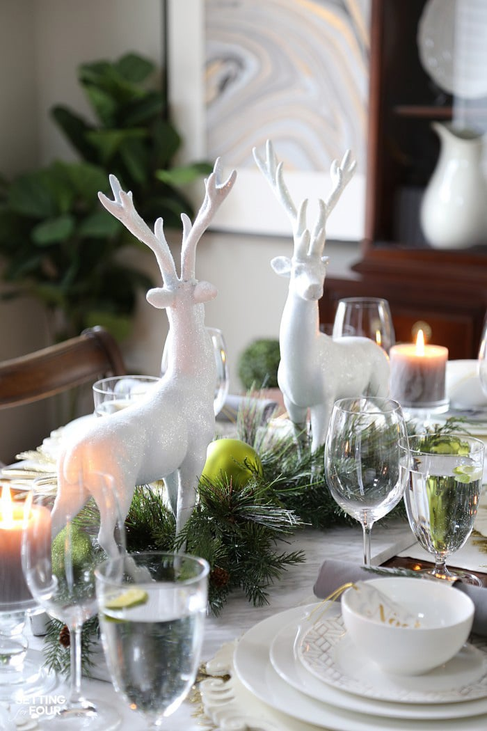 How to Style A Holiday Chic Christmas Centerpiece , Setting